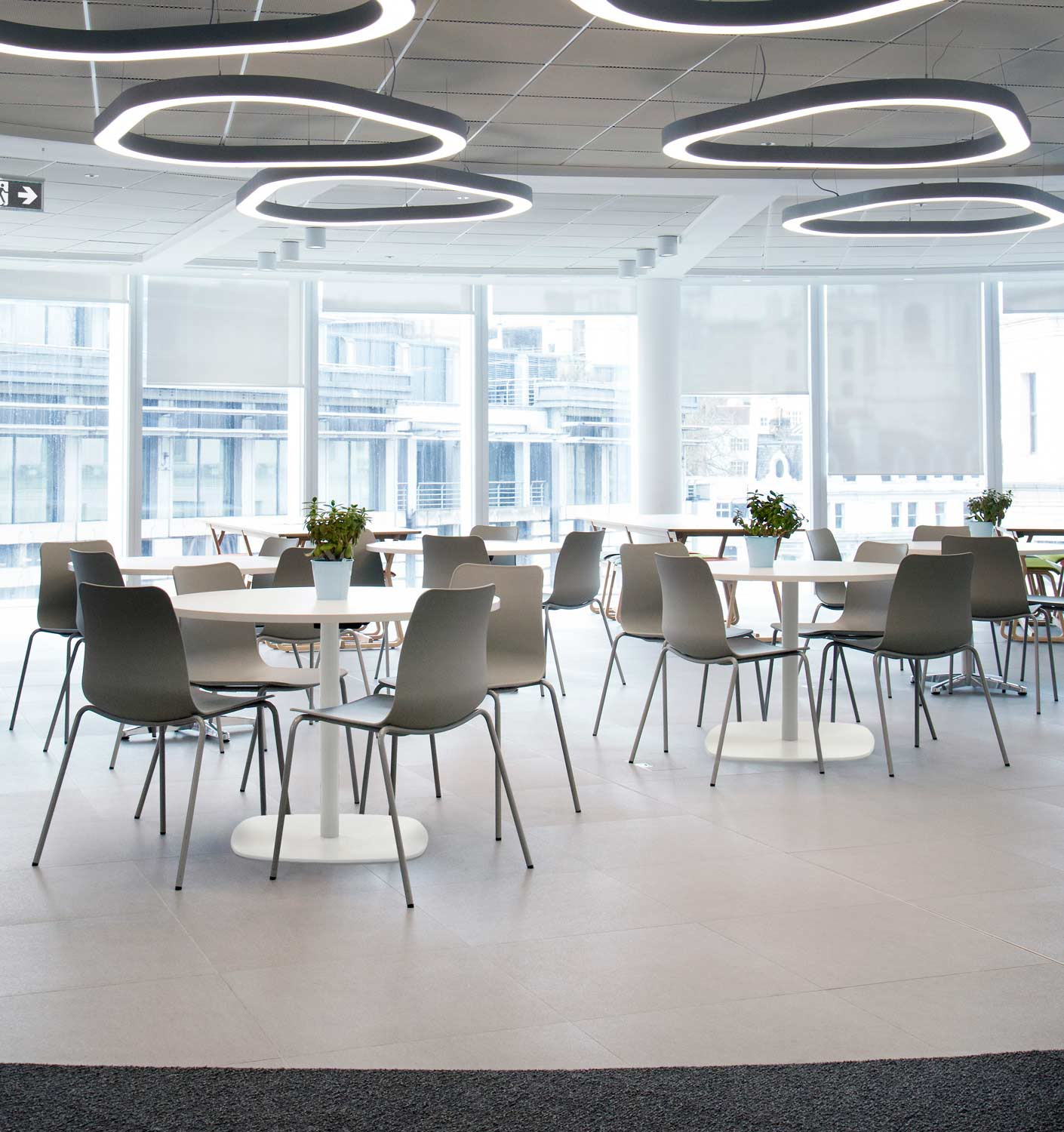 Polly-chairs-and-Ped-tables-in-Canteen